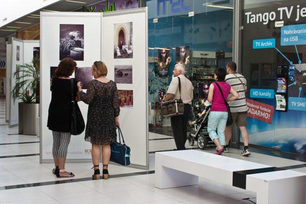 Výstava FotoKufor. Organizácia eventu.